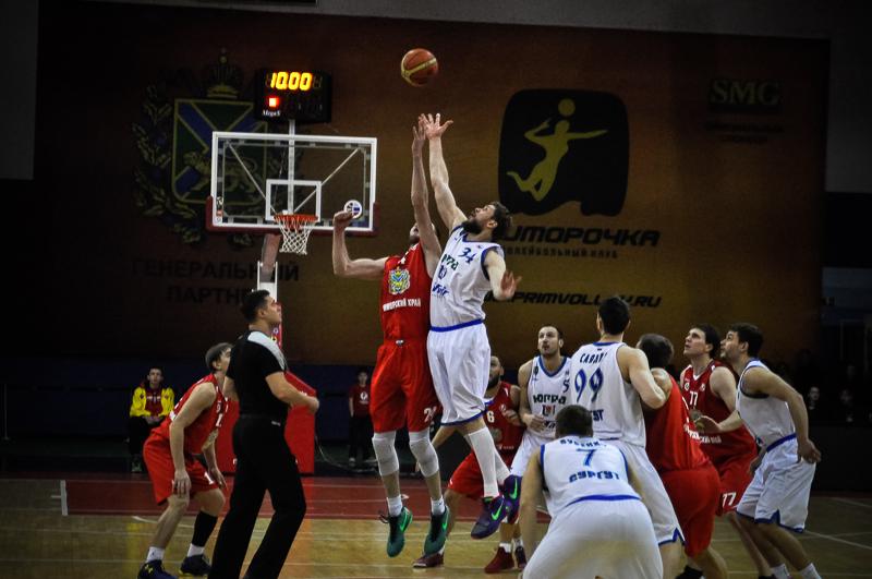 «Спартак-Приморье» проиграл в последнем выездном матче регулярного чемпионата
