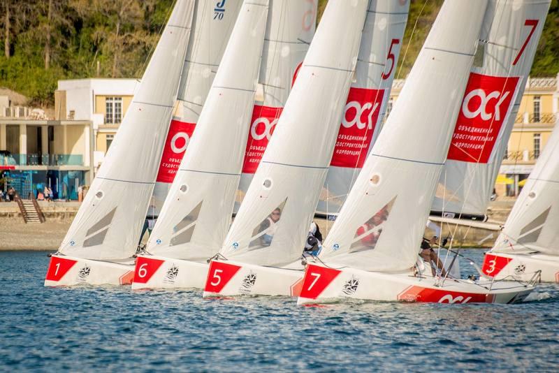 Приморские яхтсмены стали пятыми на первом этапе Национальной парусной лиги