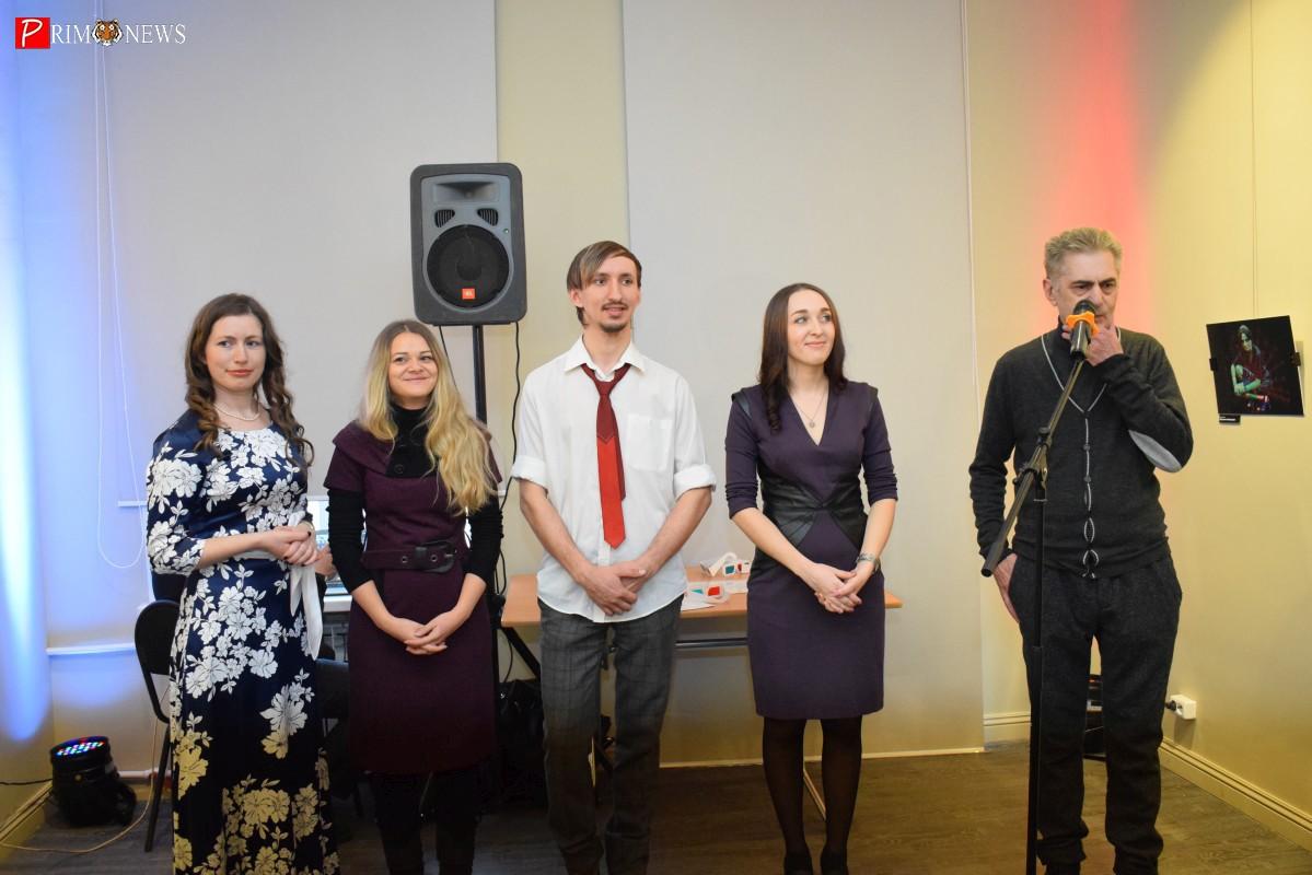 Два мира в одной фотографии: во Владивостоке открылась выставка «Alter Ego»