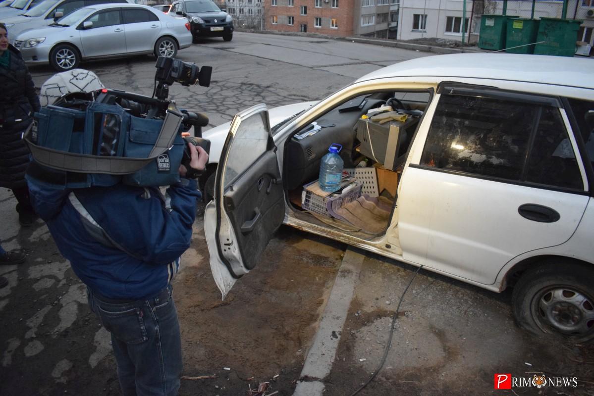 Рейд: как работают нелегальные автостоянки во Владивостоке