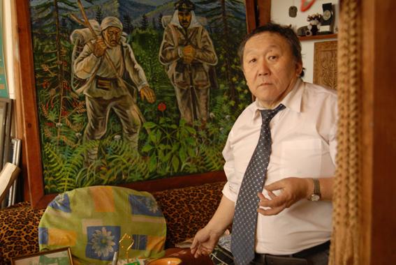 В Уссурийске открылась выставка известного приморского художника Ивана Дункая