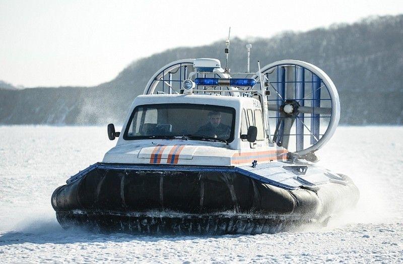Во Владивостоке пожилой рыбак провалился под лёд