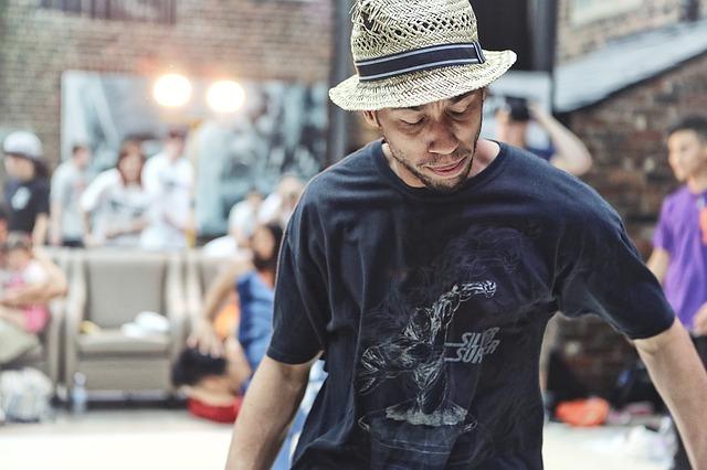 «Битву за трон» устроили танцоры Владивостока
