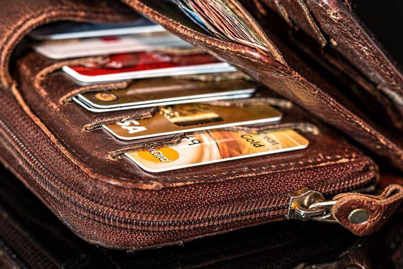 Во Владивостоке осудят женщину на оформление кредита на паспорт своей знакомой