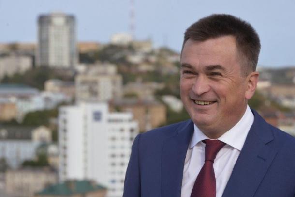 Губернатору Приморья Владимиру Миклушевскому исполнилось 50 лет