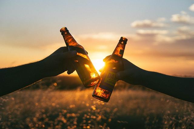 В Приморье горящие шпалы тушили пивом