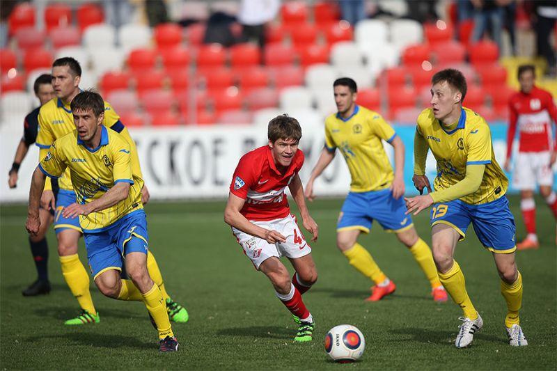 Футболисты «Луча-Энергии» сенсационно победили «Спартак-2»