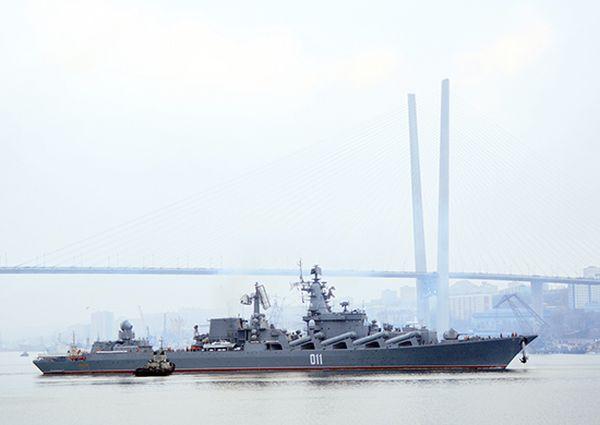 Флагман ТОФ гвардейский крейсер «Варяг» вышел в дальний поход