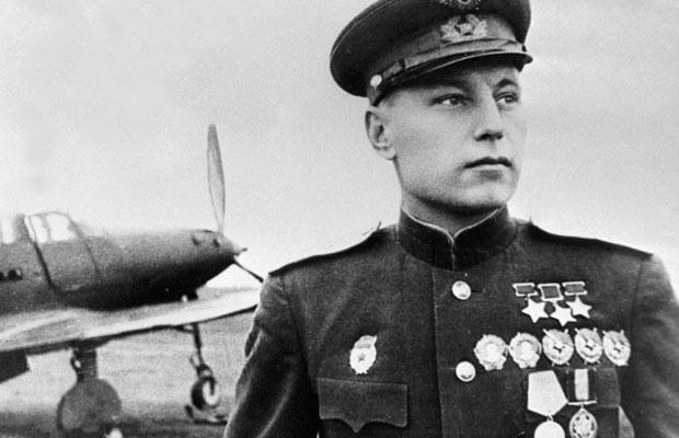 Выставка открыток с портретами Героев Советского Союза открылась во Владивостоке