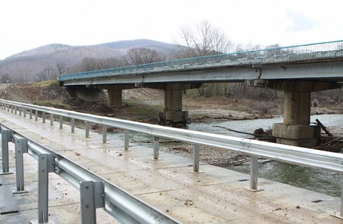 В Чугуевском районе Приморья открыли временный мост