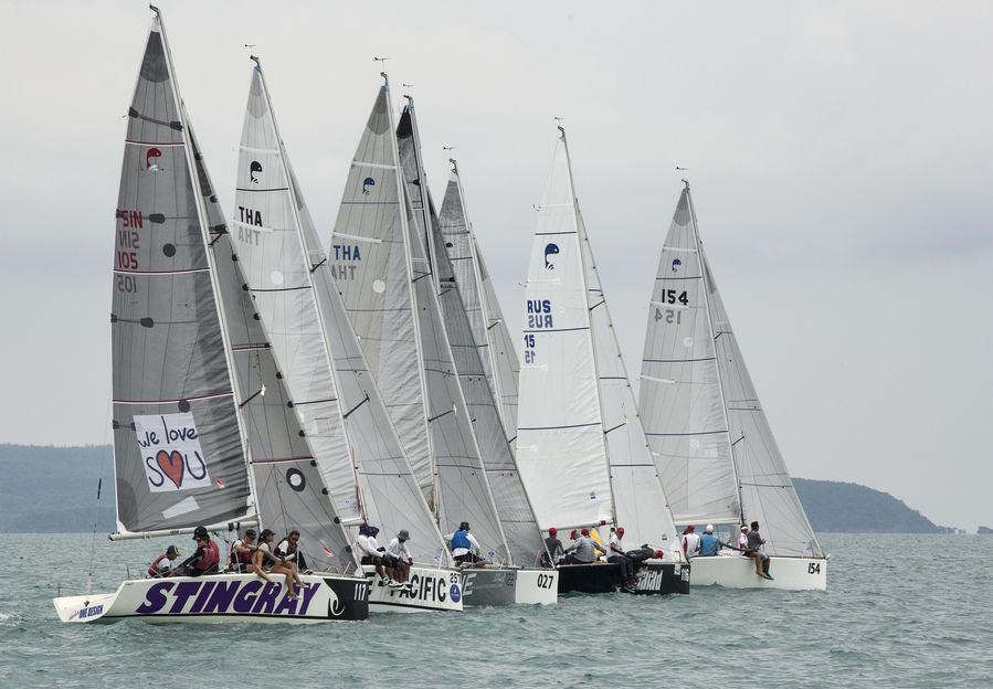 Приморские яхтсмены заняли третье место на престижной регате в Таиланде