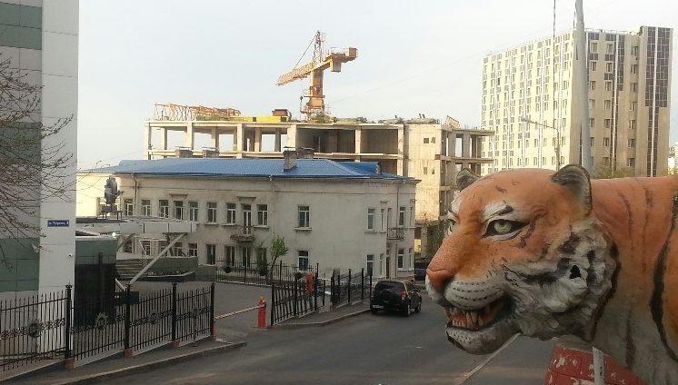 Суд принял решение по недострою в центре Владивостока