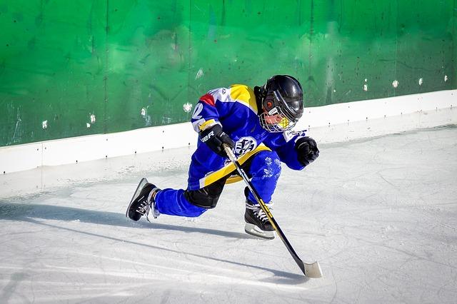 Уже более 15 хоккеистов из Приморья получили шанс на попадание в большие клубы