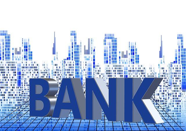 Вкладчикам банка «Югра» в Приморье за два дня вернули почти 500 млн рублей