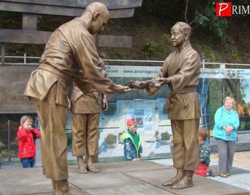 Во Владивостоке открыли мемориальный комплекс, посвящённый Василию Ощепкову