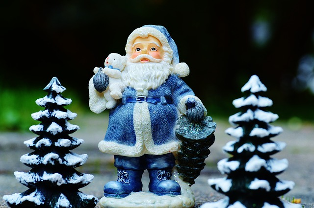 «Тайную базу Санта-Клауса» обнаружили на китайском рынке в Приморье