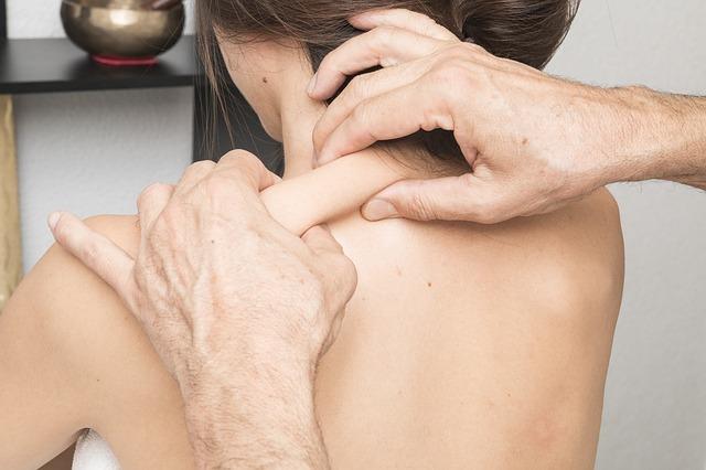 Советы для тех, кто хочет подарить партнёру эротический массаж (18+)