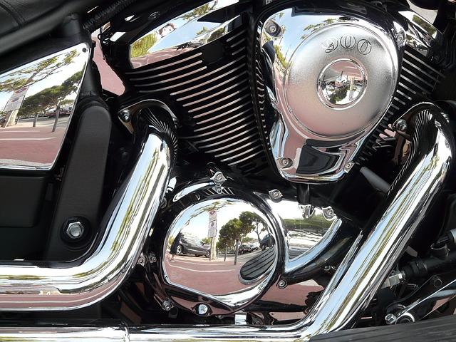 Сразу шесть мотоциклов одновременно угнали в Приморье