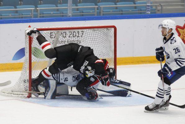 Хоккеисты «Адмирала» проиграли «Давосу» в матче предсезонного турнира
