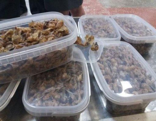 Китаец убил 2000 лягушек ради жира
