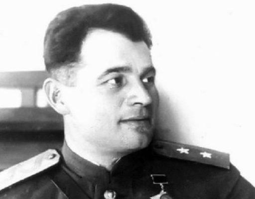 Во Владивостоке остановку «Ярмарка» переименовали в «Черняховского»