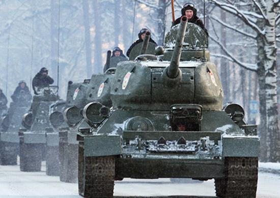 Танки Т-34 с острова Желтухина доставили в Уссурийск