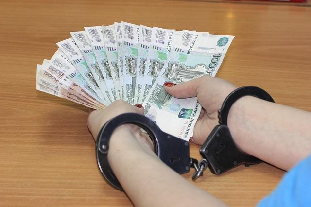 Во Владивостоке в первом полугодии 2018 года выявили 412 нарушений в сфере противодействия коррупции