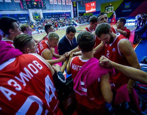 Баскетболисты «Спартака-Приморье» разгромили «Купол-Родники»