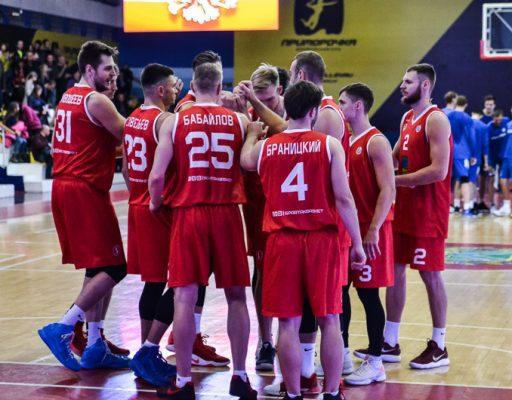 Баскетболисты «Спартака-Приморье» победили ТЕМП-СУМЗ-УГМК, набрав более 100 очков