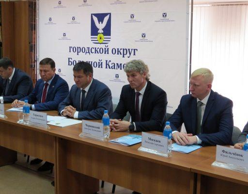 Ушёл в отставку глава Большого Камня Дмитрий Чернявский
