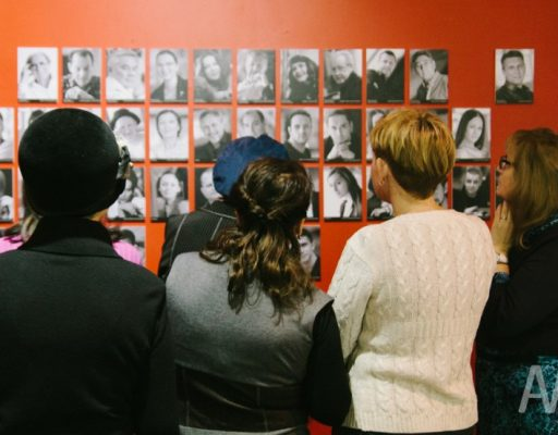 Во Владивостоке открылась выставка, посвящённая 85-летию Театра имени Горького