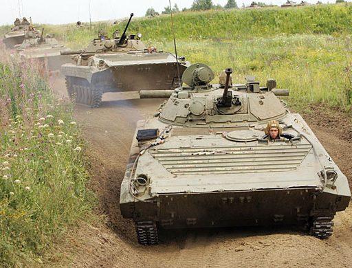 Жители Приморья пожаловались на военнослужащих, которые устроили «танкодром» вблизи дачных участков