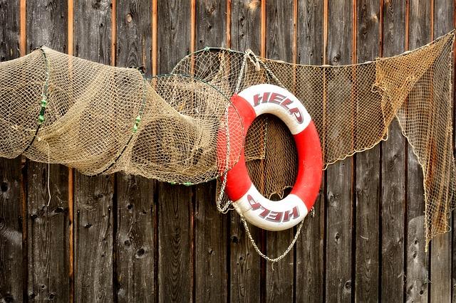 Приморские моряки с судна «Кристалл Ист» подали сигнал SOS в порту ОАЭ
