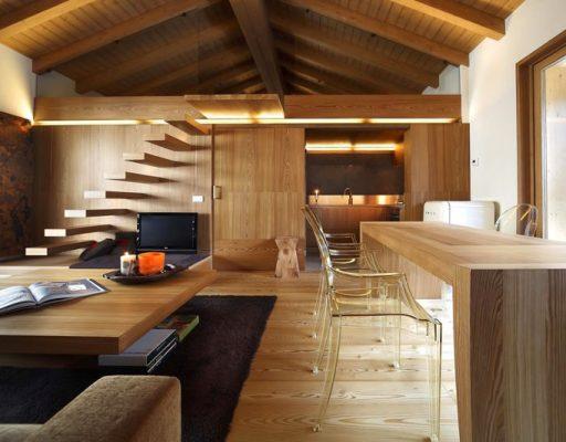 Деревянные панели для потолка— виды, особенности материалов и преимущества
