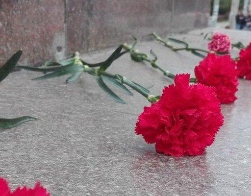 В Приморье открыли памятник сотруднику МВД. Он погиб при исполнении служебного долга