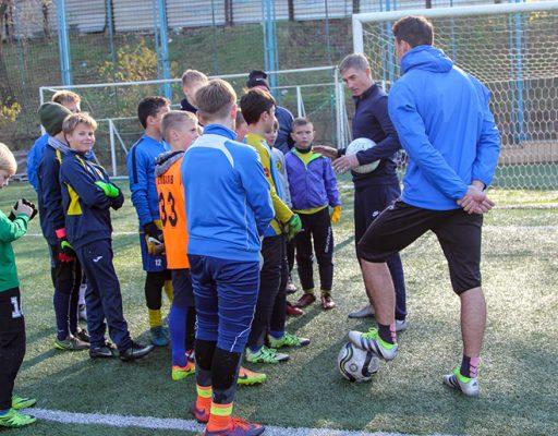 Футбол: мастер-класс для юных вратарей провели в «Луче-Энергии»