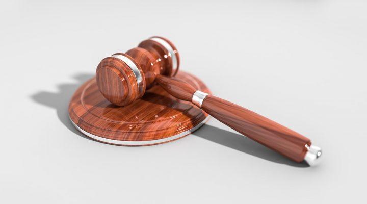 Мужчина предстанет перед судом за использование подложного диплома в Приморье