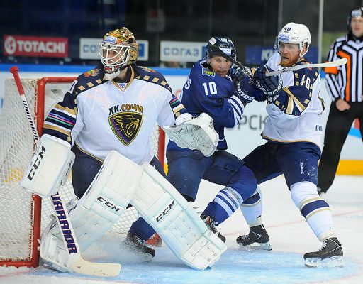 Хоккеисты «Адмирала» забросили в ворота «Сочи» четыре безответные шайбы