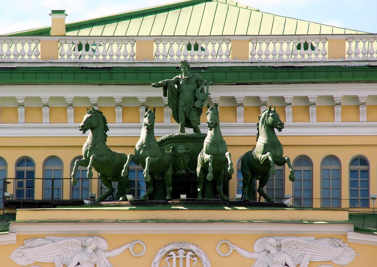В Санкт-Петербурге открылась фотовыставка «Балет в центре «Эрмитаж-Владивосток»