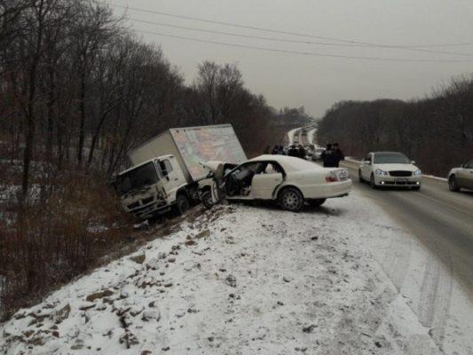 В Приморье в страшном ДТП погибла молодая автомобилистка