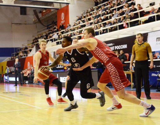 Баскетболисты «Спартака-Приморье» одержали третью победу подряд