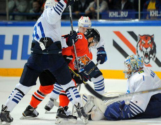Хоккеисты «Адмирала» проиграли «Амуру» в 19-м «дальневосточном дерби»