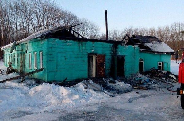 Детей из сгоревшей школы в Приморье переведут на обучение в соседнее село