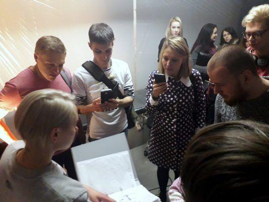 «Хрустальный тигр»: свое видение Владивостока представили победители Премии Кандинского — группировка ЗИП