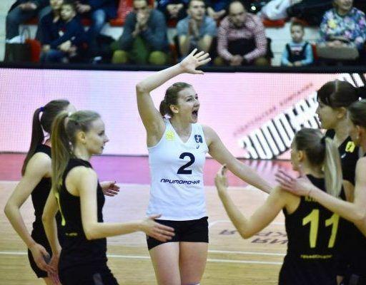 Волейболистки «Приморочки» вырвали победу у лидера чемпионата России
