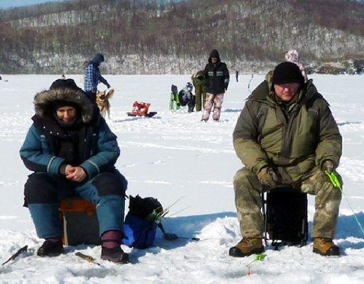 Во Владивостоке прошёл чемпионат ТОФ по подлёдному лову, посвященный Дню защитника Отечества