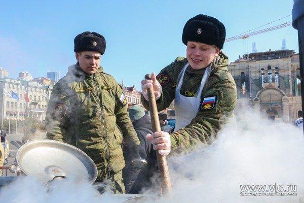 Выяснилось, сколько во Владивостоке получают су-шефы