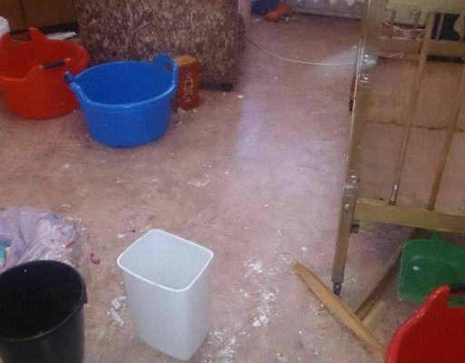 Квартиру матери с ребёнком-инвалидом затопили в Большом Камне