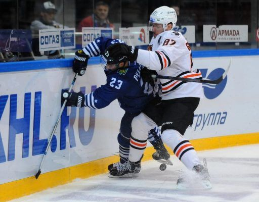 Хоккеисты «Адмирала» уступили «Амуру» в Хабаровске