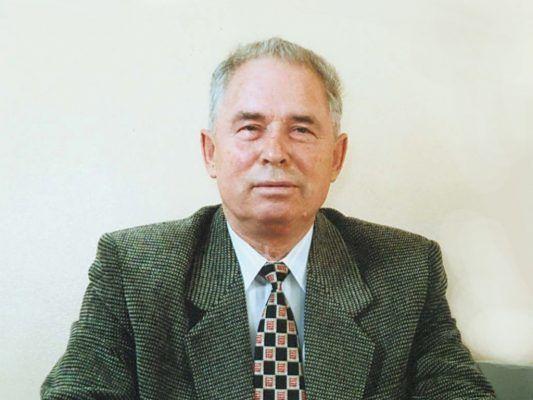 Память Почётного гражданина Уссурийска Владимира Ведерникова увековечили на мемориальной доске
